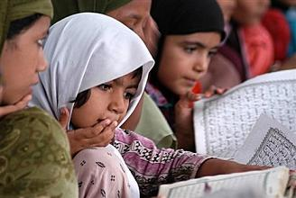 Majority in favour of teaching English in madrassas
